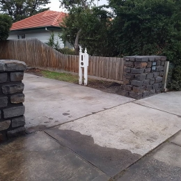 Domestic-Bluestone-fence-04