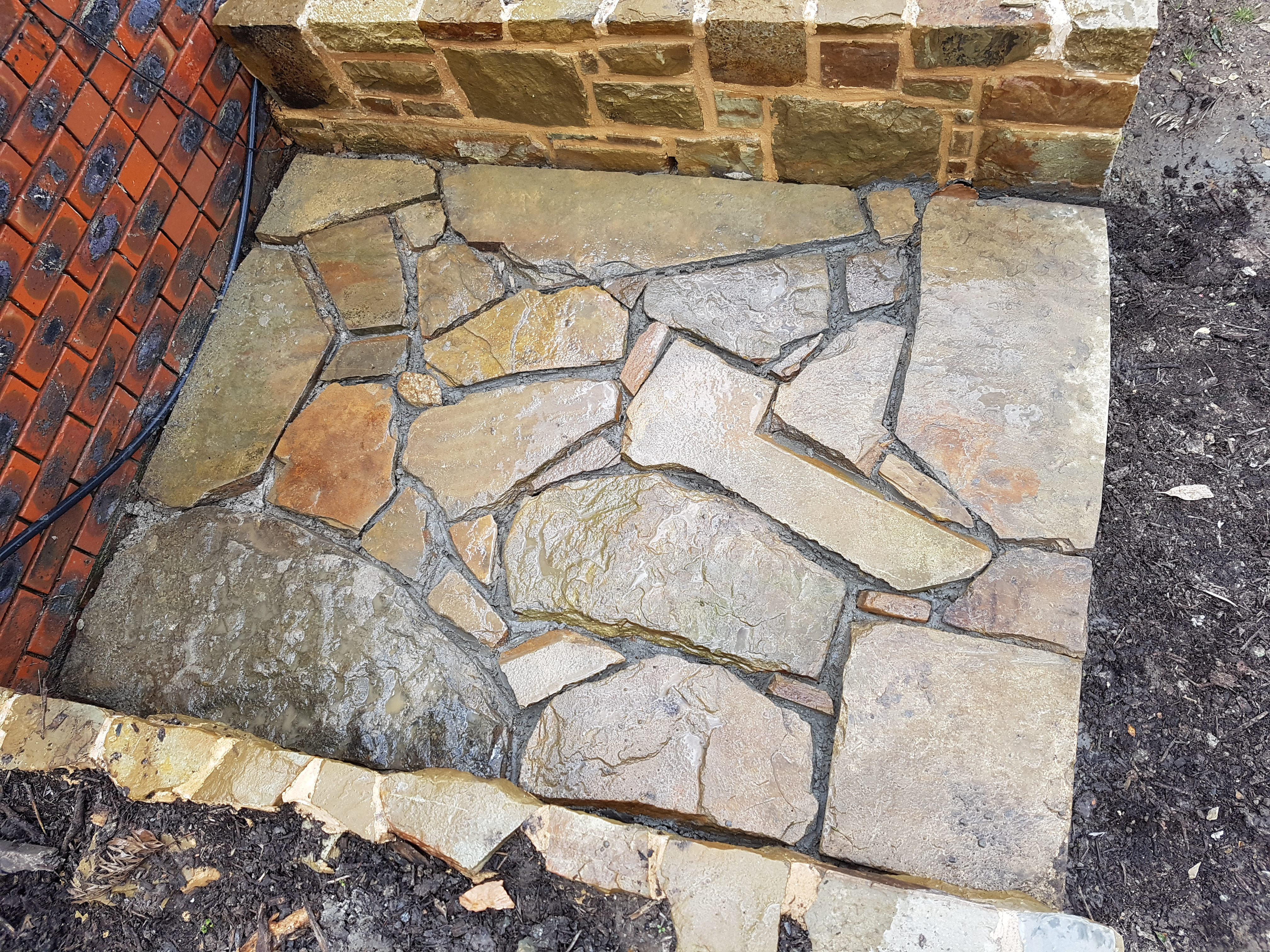 domestic_crazy_paving